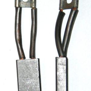 Uhlík 10x20x32 dvojitý vývod